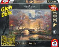 Schmidt Spiele Puzzle Thomas Kinkade Central Park im Herbst, 1000 Teile, Glow in the Dark